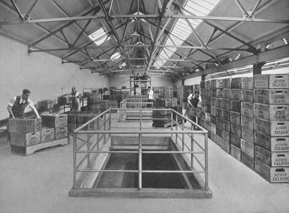 The bottling storage floor in 1940.