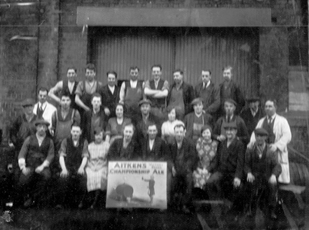 The brewery staff in the 1920s.
