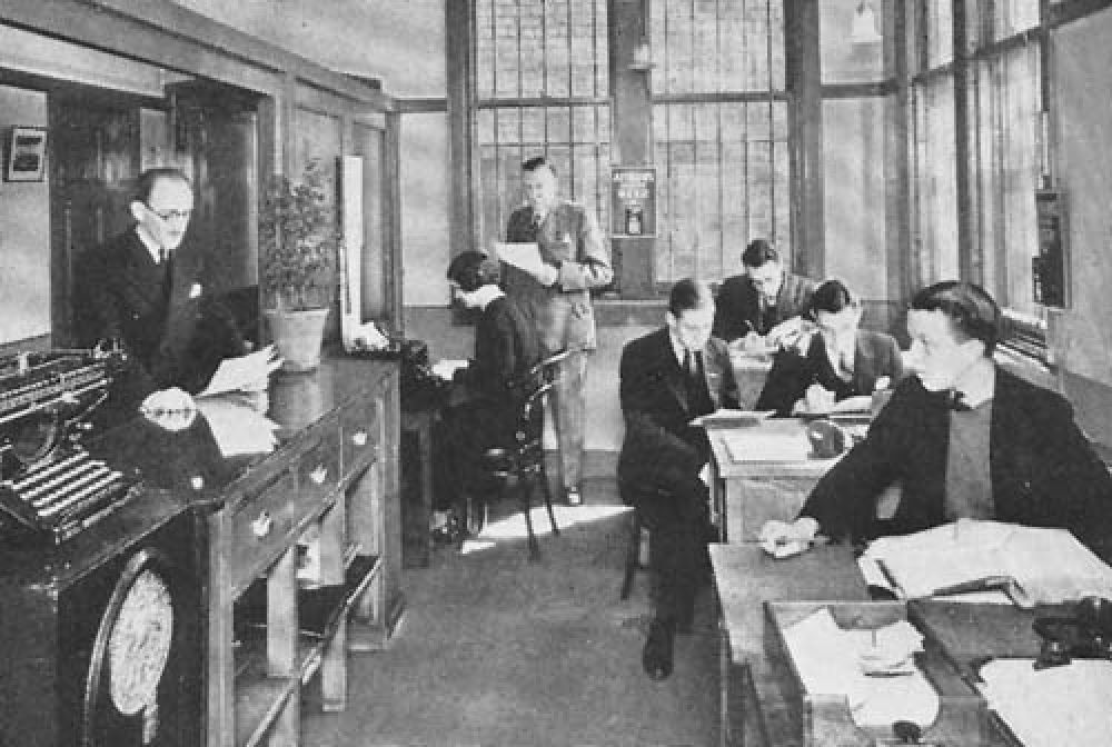 The general office at the Keppochhill stores in 1940.