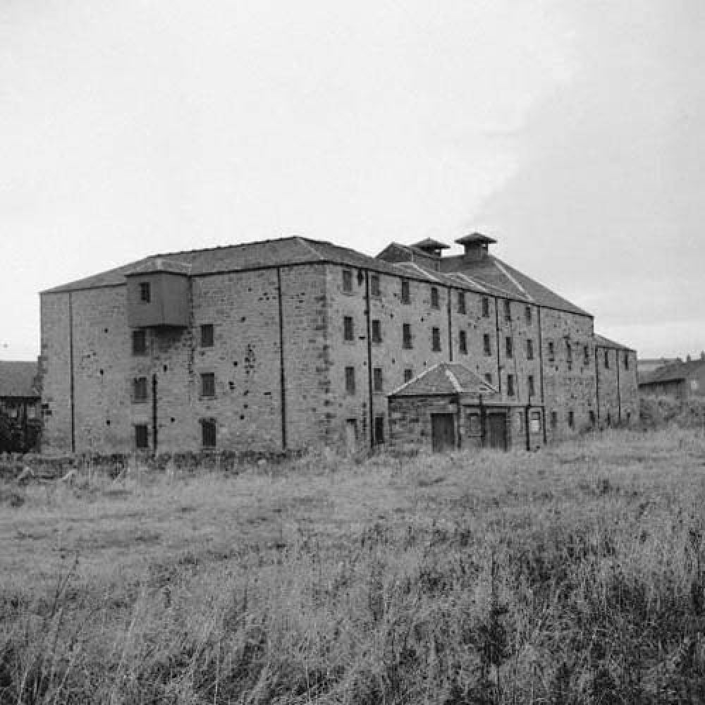 The maltings from the south-west in the 1960s. © John Hume, 2016.