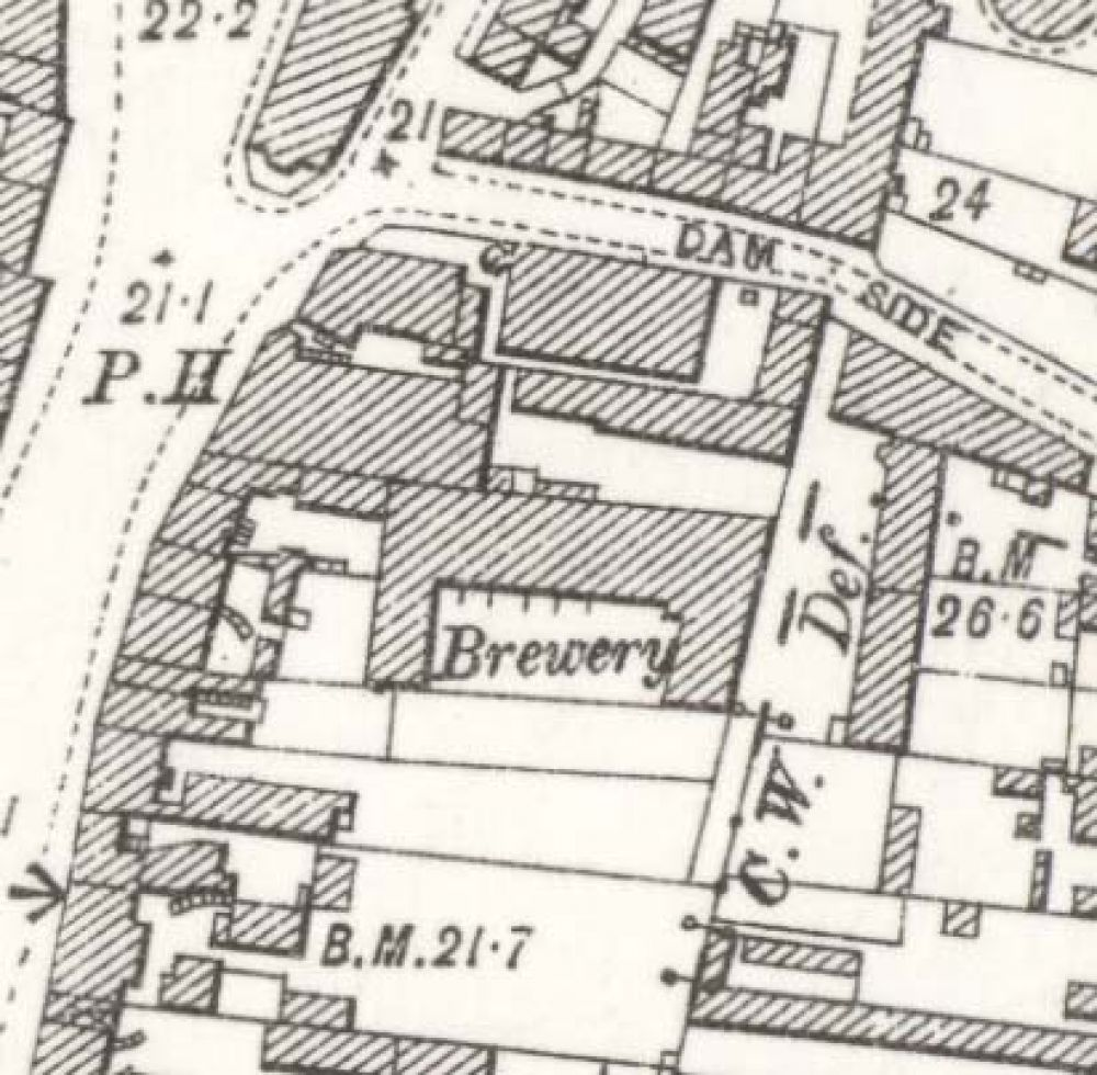Map of 1895 showing the layout of the Newton Brewery. © National Library of Scotland, 2015