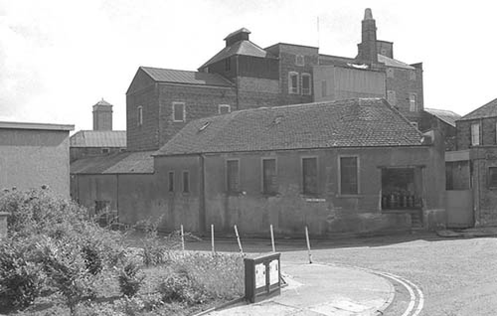 The Thistle Brewery from the north-west in the 1960s. © John Hume, 2015
