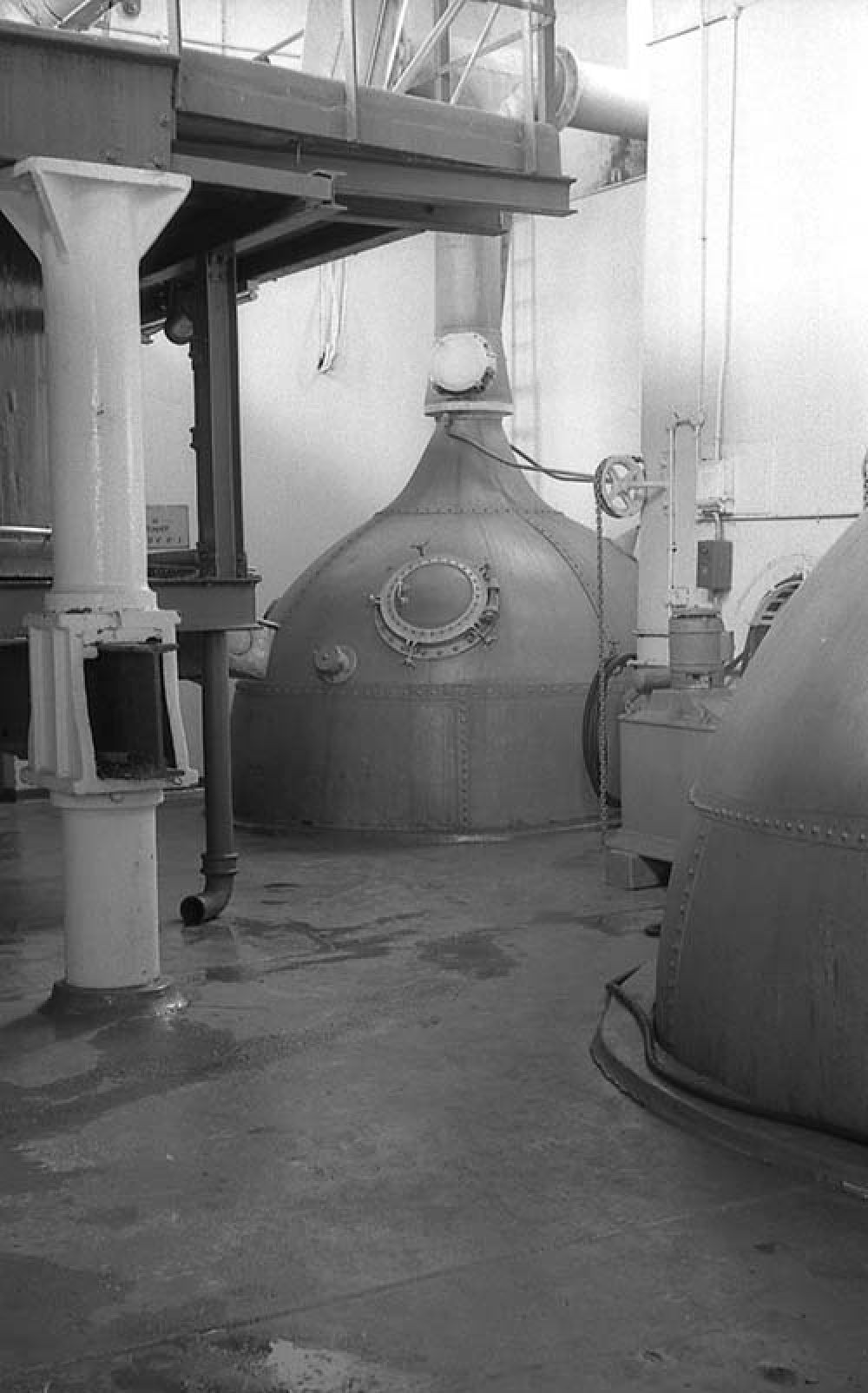The wee copper in the Thistle Brewery in the 1960s. © John Hume, 2015