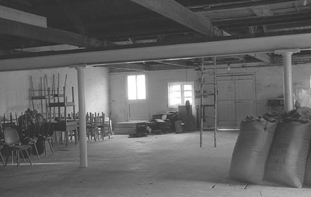 The top floor of the maltings at the Thistle Brewery in the 1960s. © John Hume, 2015